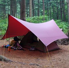 ○ZEROGRAM/ゼログラム・ミニマリストIII ヘキサタープ #RakutenIchiba #楽天 Survival Life Hacks, Camping Survival, Backpacking Gear, Camping Gear, Lightweight Tarp, Emergency Equipment, Camping Gadgets, Camping Life, Packing Light