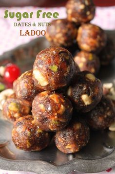 Sugar Free Dates & Nuts Ladoo / Dry Fruits & Nuts Ladoo / Dry Fruits And Khajoor Laddoo / Dates & Nuts Ladoo - Yummy Tummy Indian Dessert Recipes, Sweets Recipes, Snack Recipes, Cooking Recipes, Indian Sweets, Laddoo Recipe, Sweet Crepes Recipe, Healthy Snacks, Healthy Recipes