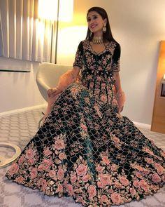 Asian Wedding Dress Pakistani, Indian Bridal Lehenga, Indian Bridal Fashion, Red Lehenga, Pakistani Dresses, Lehenga Choli, Anarkali, Stylish Dress Designs, Stylish Dresses