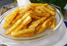 Sellerie-Pommes aus dem Backofen - my list of delicious and healthy recipes Healthy Potato Recipes, Vegetable Recipes, Meat Recipes, Gm Diet Vegetarian, Vegetarian Recipes, Roasted Fingerling Potatoes, Hungarian Recipes, Polenta, Different Recipes