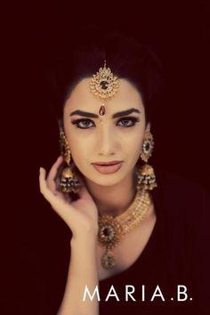 indian bridal gold tikka maang by maria b. More here: http://www.indianweddingsite.com/10-maang-tikka-jhoomar-looks/