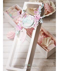 celebrating the little things: Najmilsza okazja roku Cake Boxes Packaging, Dessert Packaging, Karton Design, Baking Business, Sweet Box, Meringue Cookies, Box Cake, Cupcake Boxes, Diy Gift Box