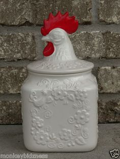 vintage red white rooster hen ceramic cookie jar OMG have this at the cottage need to bring it home to enjoy it. Antique Cookie Jars, Ceramic Cookie Jar, Rooster Decor, Chicken Art, Chickens And Roosters, Vintage Cookies, Galo, Cute Cookies, It Goes On