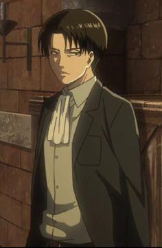 He's so handsome in that suit! :D