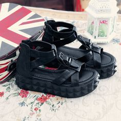 1dc2cabbf176 Womens-Platform-Creeper-Buckle-Zipper-Fashion-Punk-Cowboy-Summer-Sandals -Shoes