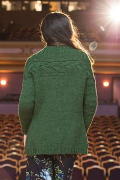 The magic of the Suzy Cardigan knitting pattern by Megan Nodecker is found on the back, where a luxurious braided cable travels from one shoulder to the other. Love Knitting Patterns, Knitting Designs, Cardigan Pattern, Knit Cardigan, Cable Knitting, How To Start Knitting, Suzy, Cardigans For Women, Knit Crochet