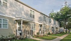 Mitchel Homes offers move in ready two-, three- and four-bedroom townhomes. Located near Mitchel Field Complex in East Meadow, New York, our residents enjoy a comfortable hometown environment with the convenience of 24-hour maintenance, lawn care services and community events.