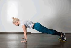 The Best Exercises for Your Lower Abs For That Slender Toned Look - Free Gym & Fitness Workouts Fitness Workouts, Ab Workout Men, At Home Workouts, Gym Fitness, Effective Ab Workouts, Lower Ab Workouts, Belly Workouts, Lower Abs, Lower Belly