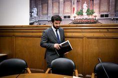 Tiago Brandão Rodrigues esteve no Parlamento num debate sobre os contratos de associação, que foi requerido pelo PSD.