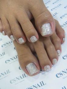Glitter Toenails