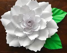 Flower Petal Template, Annie Rose, Silhouette Cameo Files, Cricut, Giant Paper Flowers, Diy Flowers, Flower Paper, Flower Svg, Flowers Garden