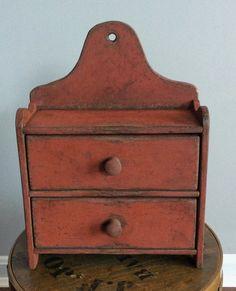 Primitive Wood Crafts, Primitive Homes, Primitive Furniture, Primitive Antiques, Antique Furniture, Antique Wooden Boxes, How To Antique Wood, Primitive Cabinets, Antique Cupboard