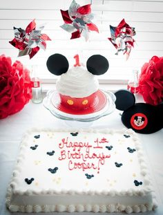 Mickey Mouse Party--could do Minnie too Mickey Mouse Smash Cakes, Mickey Mouse Clubhouse Party, Mickey Cakes, Mickey Mouse Clubhouse Birthday, Mickey Mouse Parties, Mickey Party, Mickey Mouse Birthday, Birthday Fun, 1st Birthday Parties