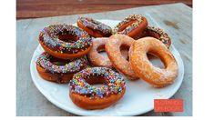 Se você gosta de donuts, ou ainda não provou nenhum, vem conhecer essa receita que testamos e aprovamos com louvor. Vem que não tem erro!