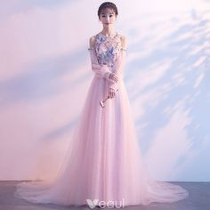 Elegant Pearl Pink Evening Dresses 2018 A-Line / Princess Scoop Neck Strapless Long Sleeve Appliques Lace Beading Rhinestone Chapel Train Ruffle Backless Formal Dresses Champagne Evening Dress, Pink Evening Dress, Evening Dresses, Gala Dresses, Formal Dresses, Pretty Dresses, Beautiful Dresses, Robes D'occasion, Maxi Dress With Sleeves