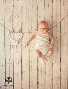 Awwww! Wie niedlich! #Babyfoto #Wäscheleine