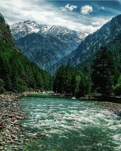 Kasol, Himachal Pradesh, India Tag your pictures from India! Tourism India, India Travel, Kasol Himachal Pradesh, Places To Travel, Places To See, Taj Mahal, Amazing India, Seen, Landscape Pictures