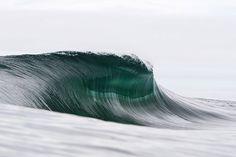 レイ·コリンズによる海の山