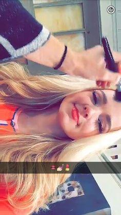 Dove Cameron Snapchat!
