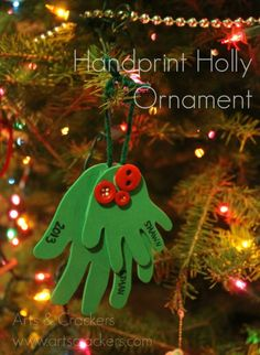 Make this adorable Handprint Holly Ornament for Christmas as an extra special keepsake. Hang it on your tree or gift it to family! Have a hand-made Christmas! The holidays are a great time to pull out the crafting supplies with Kids Christmas Ornaments, Preschool Christmas, Christmas Activities, Christmas Crafts For Kids, Xmas Crafts, Christmas Projects, Christmas Fun, Diy Ornaments For Kids, Kids Ornament
