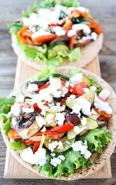 This roasted vegetable pita sandwich is super yummy!