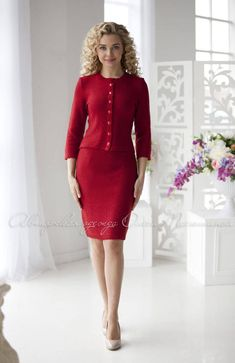 Fashion Tips Dresses .Fashion Tips Dresses Red Outfits For Women, Suits For Women, Clothes For Women, Warm Outfits, Classy Outfits, Beautiful Prom Dresses, Nice Dresses, Knit Fashion, Fashion Outfits