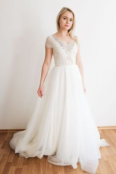 35 Wedding Gowns You Won't Hate! | The Perfect Palette