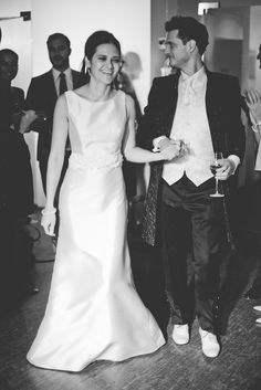 The happy couple. #weddings #wedding #hochzeit #heirat #heiraten #foto #photography Trends, Formal Dresses, Wedding Dresses, Inspiration, Couples, How To Make, Photography, Fashion, Getting Married