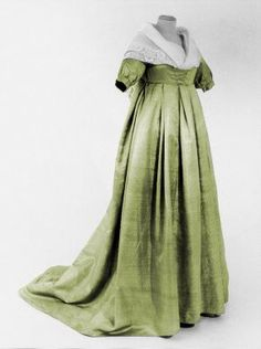 Evening dress, 1805, Centraal Museum -- This seems like a transitional phase from late 18th-century fashion into the Regency styles.  Not often associated with this time period, in my mind.