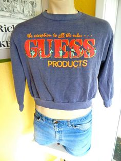 4c6bfbda58e GUESS 1980s vintage cropped sweatshirt - faded blue size large