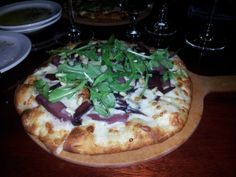#Photos - #Victoria #Foodies (Victoria, BC) - Meetup Review at #Fiamo for #yyjdinearound Vegetable Pizza, Photo S, Foodies, Victoria, Dining, Vegetables, Food, Vegetable Recipes, Veggies