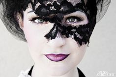 Lady Olivia in mourning