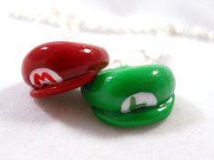 Encontre esto: 'Mario Bros Inspired Best Friends Necklaces - Mario and Luigi Hats - Personalized - Polymer Clay - Necklaces, Phone Charms, Keychains' en Wish, ¡échale un ojo!