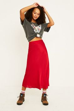 UO Red Satin Bias-Cut Midi Skirt Satin Rouge, Urban Outfitters, Red Satin, Bdg Jeans, Satin Midi Skirt, Red Skirts, Skirt Outfits, I Love Fashion, Pants
