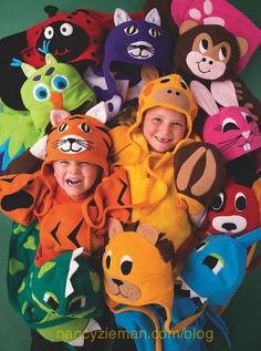 Diy Sewing Projects Sew kids' fleece hats and scarves/Cuddle Buddies/Sewing With Nancy Zieman - Most of us look forward to easy, yet artistic sewing projects. Throw in the fact that these projects are also adorable and I know you'll be adding today's t Fleece Crafts, Fleece Projects, Sewing Projects For Kids, Sewing For Kids, Sewing With Nancy, Love Sewing, Baby Sewing, Dress Sewing, Sewing Hacks