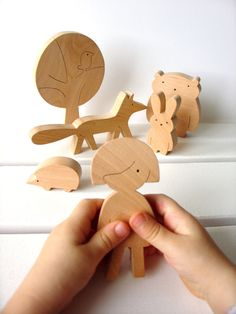 Wooden toy set  Girl and forest animals  Woodland por mielasiela, $39.00. Visit AMAMILLO.com