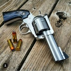 Ruger big bore single action.. I'm a sucker for a non-fluted cylinder