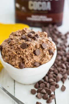 Chocolate and peanut butter flavored overnight oats. A fun twist on a classic overnight oats recipe.
