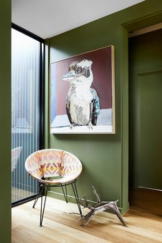 Hanging art at home is a skill, and interior designer James Treble reveals how to do it the right way. To help you get it spot on, he shares his top 3 tips for hanging artwork in your home. The Design Files, Design Blog, Small Sitting Areas, Steel Siding, Modern Hallway, Modern Shed, Hanging Artwork, Large Artwork, Fish Creek