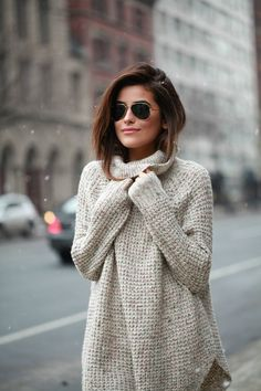 Perfect, cozy, stylish sweaters is all you need to start your winter everyday stylish looks. Which sweaters are IN? Fall Winter Outfits, Autumn Winter Fashion, Casual Winter, Casual Summer, Spring Outfits, Winter Chic, Winter Wear, Autumn Style, Cozy Winter