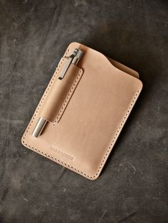 """""""Dante"""" natural vegetable tanned handmade leather Field Notes and Moleskine…"""
