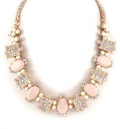 Sierra Necklace in Aspen, Emma Stine Fashion Jewelry Necklaces, I Love Jewelry, Jewelry Box, Jewelry Watches, Jewelry Accessories, Fashion Accessories, Women Jewelry, Fashion Jewellery, Girls Accessories