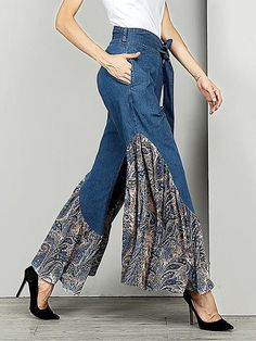 pants outfit Sheinstreet Spring and Summer Belted Printed Split-joint Jean Bell-Bottom [Read more] Denim Fashion, Fashion Pants, Fashion Dresses, Womens Fashion, Fashion Fashion, Petite Fashion, Fashion Tips, Diy Clothes, Clothes For Women
