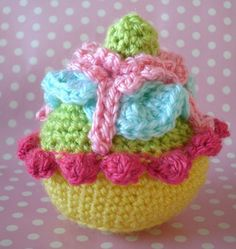 crochet cup cake by loopy lou designs, via Flickr