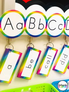 Read about how switching from a traditional word wall to a portable version has been an absolute game-changer in my kindergarten classroom! Kindergarten Goal Sheet, Word Wall Kindergarten, Classroom Word Wall, Primary Classroom, Classroom Design, Portable Word Walls, Word Wall Letters, Effective Classroom Management, Rainbow Words