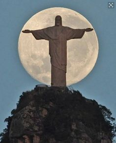 RIO DE JANEIRO, BRASIL. Estátua do Cristo Redentor / Christ the Redeemer statue. Photo by Antonio Lacerda.