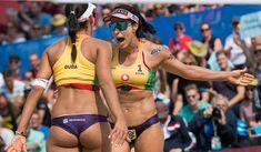 Brazilians turn silver into gold Beach Volleyball Girls, Volleyball Shorts, Volleyball Pictures, Women Volleyball, Female Volleyball Players, Beautiful Athletes, Brazilian Women, Sport Body, Nfl Cheerleaders