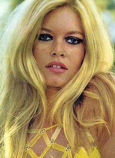 Visit my website for breathtaking photos and seven of my favorite lesser known aspects of Brigitte Bardot that may surprise you! Bridgitte Bardot, Bardot Brigitte, Bardot Hair, 1960s Hair, Catherine Deneuve, French Actress, The Bikini, Classic Beauty, Celebrity Photos