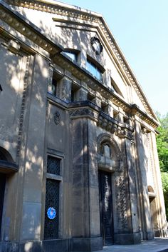 Traces of Jewish life in Görlitz: http://thinknow-thinknow.blogspot.de/2017/08/traces-of-jewish-life-in-gorlitz-germany.html