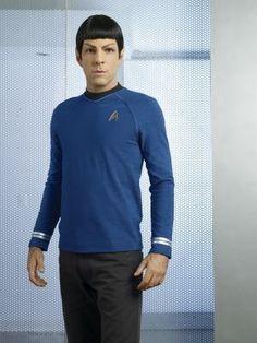 Zachary Quintos - Spock Photo